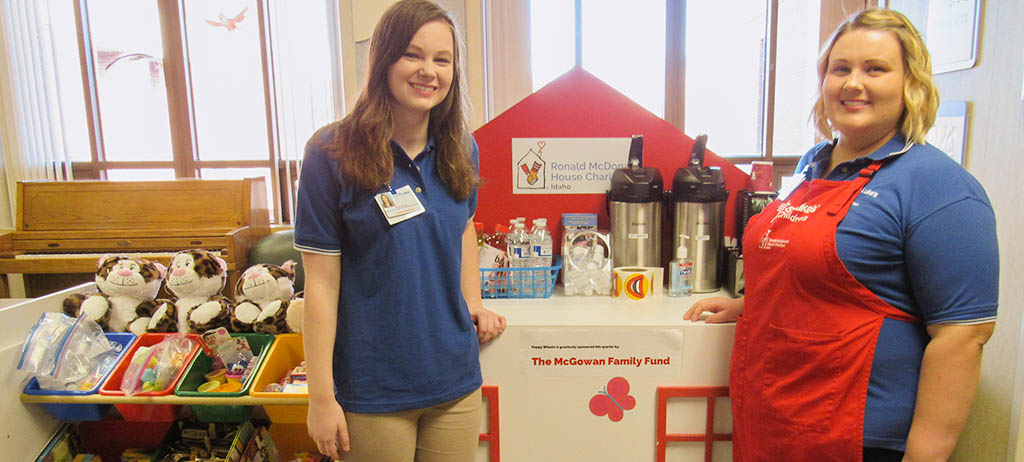 Happy Wheels Cart with volunteers Katelyn and Natalie